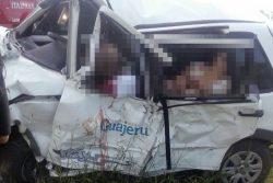 ba-262-acidente-carro-oficial-prefeitura-de-guajeru-foto-site-brumado-noticias-54