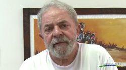 Lula fala de erros, adversidade momentânea e espera que PT esteja mais forte ano que vem
