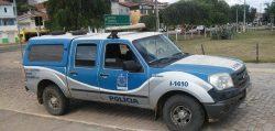 aratu-online-bahia-CARONA-OFICIAL-Presos-fogem-de-delegacia-em-viatura-da-Polícia-Civil-na-Bahia-840x400-500x238