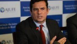 O juiz federal Sérgio Moro disse, em nota, que a condução coercitiva de Lula não é antecipação de culpa