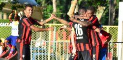 rubro-negros-comemoram-gol-marcado-por-diego-renan-no-ba-vi-1462133691747_615x300