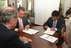 Assinatura de protocolo de intenções para construção da ponte Salvador - Itaparica Foto: Daniele Rodrigues/GOVBA