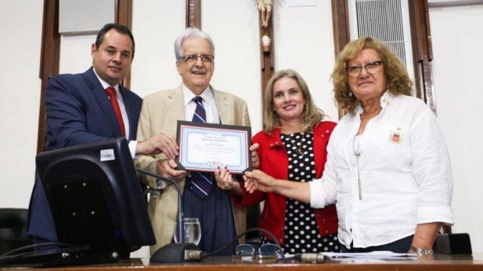 AL-BA realiza sessão especial para homenagear título de campeão brasileiro  do Bahia 203b7a45b96f3